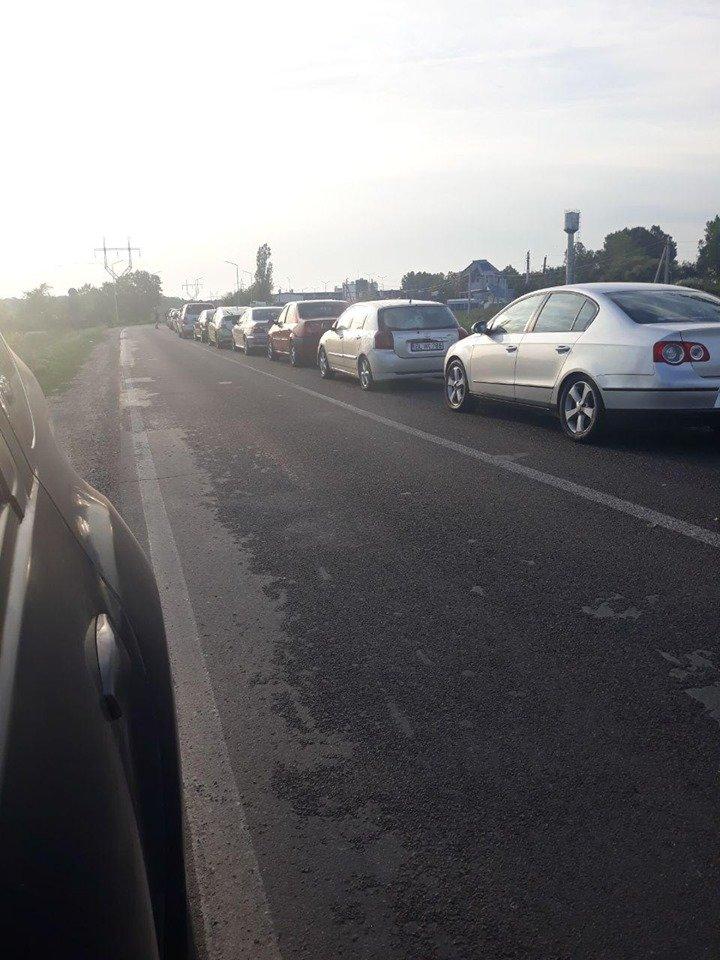 COZI IMENSE la punctele de trecere a frontierei Palanca și Tudora (FOTO)