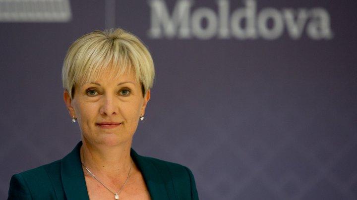 Pasărea pe limba ei piere SAU cum deputata Adela Răileanu a fost prinsă cu declaraţii contradictorii