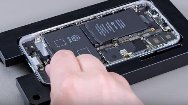 Apple permite service-urilor independente să repare iPhone-uri folosind piese originale