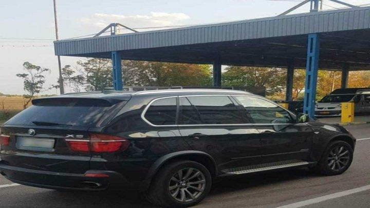 Autoturisme furate din Italia și Polonia, descoperite de polițiștii de frontieră