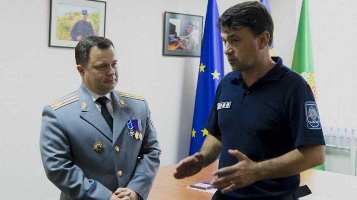 Securitatea ţării, discutată de şefii de la SIS şi Poliţia de frontieră