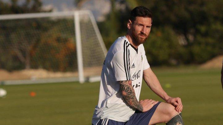 Lionel Messi, suspendat pentru 3 luni şi amendat cu 50 de mii de dolari