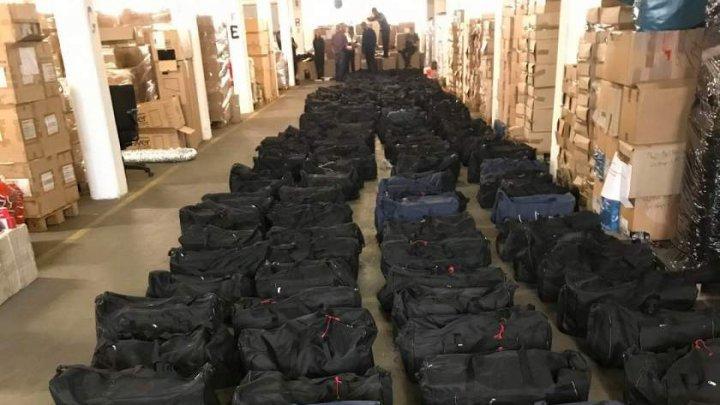 Cinci tone de cocaină, confiscate în portul Hamburg