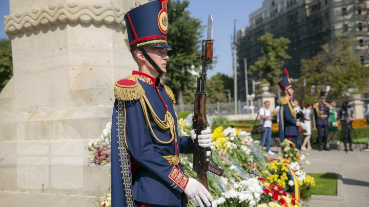 Zuia Independenţei în imagini. Ce s-a întâmplat astăzi în centrul Capitalei (FOTOREPORT)