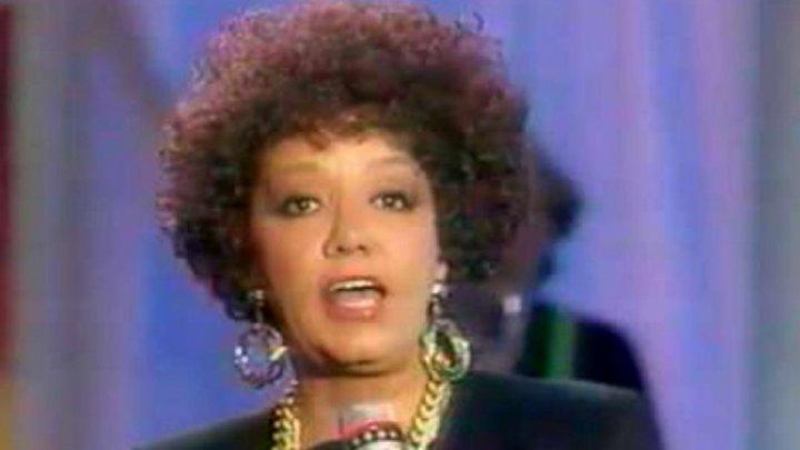 Cântăreața de jazz Nancy Holloway a murit