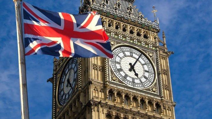 DATE STATISTICE: Migraţia dinspre UE către Regatul Unit, la cel mai mic nivel începând din 2013