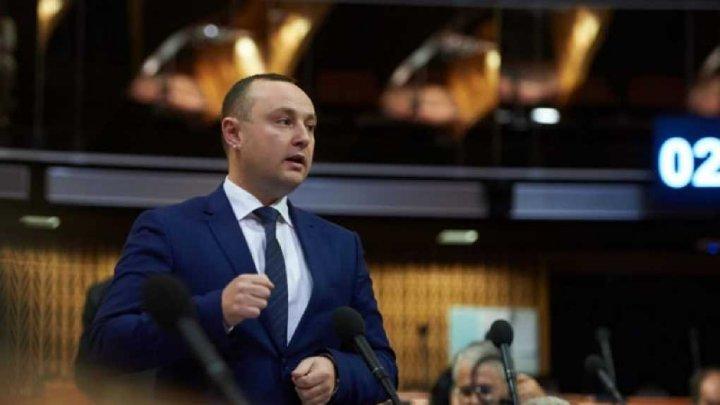 Vlad Batrîncea a pus-o pe Maia Sandu la locul ei: Pentru a declara o zi de comemorare este nevoie de votul a 51 de deputaţi