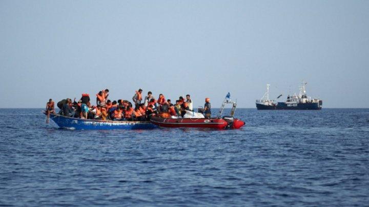 O navă umanitară germană a salvat 100 de imigranţi din Marea Mediterană
