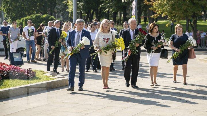PDM: Moldova, acum ești mai (in)dependentă (FOTO)
