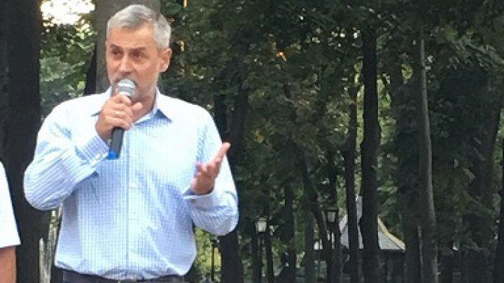 Jurnalistul Radu Moraru, candidat la Preşedinţia României, mesaj dur către guvernarea de peste Prut pe subiectul Basarabiei (VIDEO)