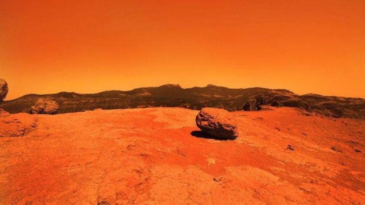 O rocă de pe Marte, surprinsă în timp ce se rostogolea (VIDEO)
