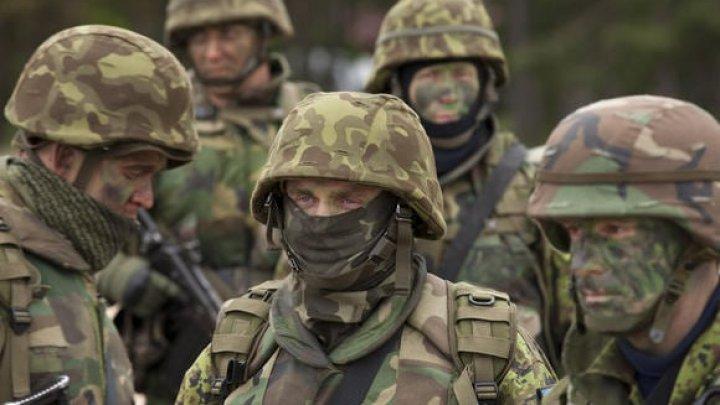 Serviciile secrete ruseşti încearcă să racoleze militari ucraineni cu ajutorul profilurilor de femei din reţelele sociale
