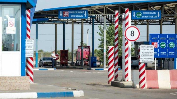 Situația la vamă: Toate punctele de trecere a frontierei activează în regim normal