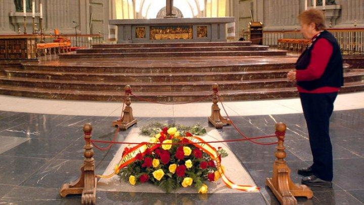 Curtea Supremă din Spania a aprobat exhumarea lui Franco