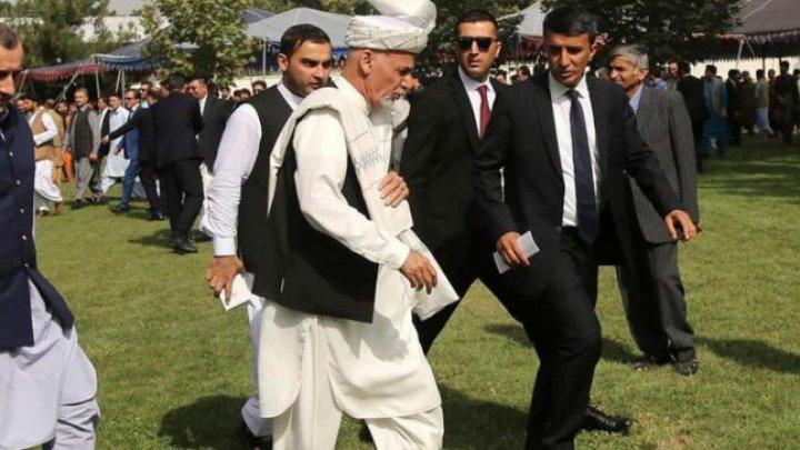 Afganistan: Zeci de morţi într-un atentat în apropierea unui miting electoral la care participa şi preşedintele