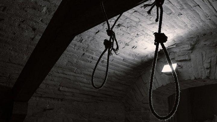 ALARMANT! În fiecare zi, 112 primește până la şase apeluri din toată Moldova de la persoane care vor să recurgă la suicid