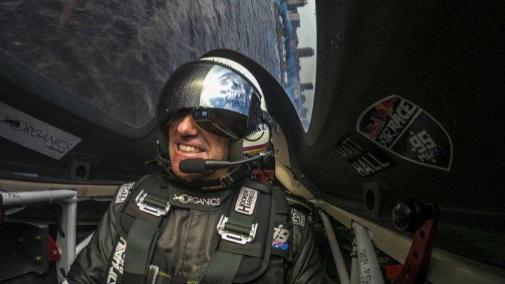 SPECTACOL AVIATIC EXCEPȚIONAL. Australianul Matt Hall a câștigat Mondialul de Air Race