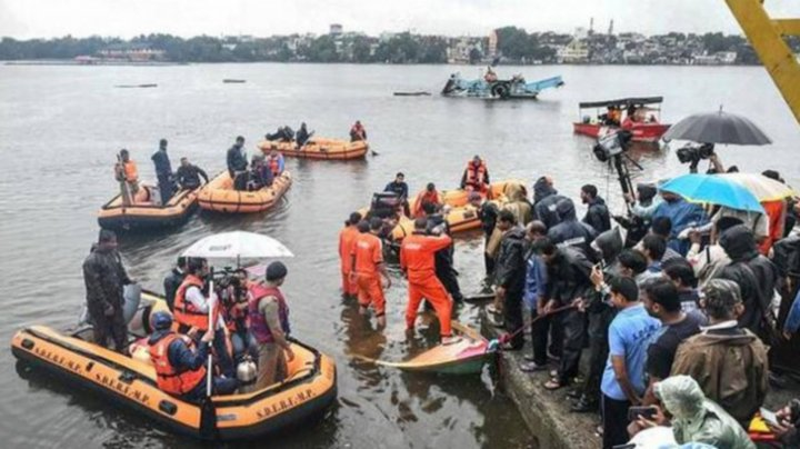 Tragedie pe fluviul Godavari. 39 de oameni, dispăruți după un naufragiu