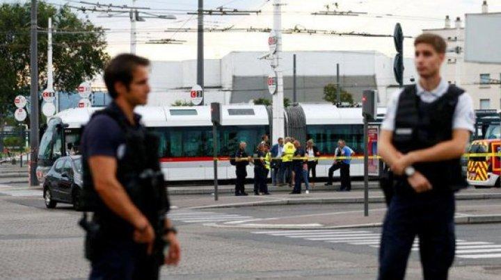 Atac cu cuțitul la Lyon: Cel puţin o persoană a murit, iar alte nouă au fost rănite