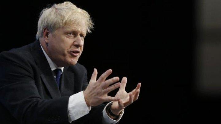 Boris Johnson, luat la rost într-un spital din Londra de tatăl unui copil bolnav