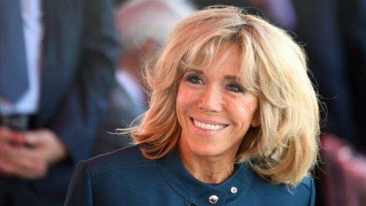 Brigitte Macron, soţia preşedintelui francez Emmanuel Macron, se întoarce la predat