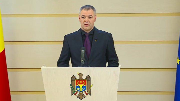 Octavian Ţîcu: Semnarea acordului dintre blocul ACUM şi PSRM este o EROARE POLITICĂ