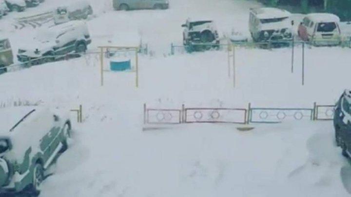 (VIDEO) A NINS abundent în Rusia. Vremea se va răci simţitor şi în ţara noastră