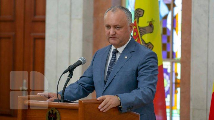 Ce spun Igor Dodon şi ministrul Fadei Nagacevschi despre restituirea Ordinului Republicii lui Vlad Filat