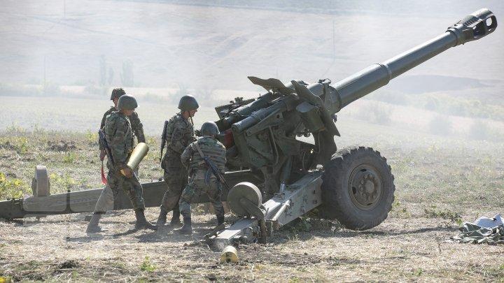 Scutul de foc pe poligonul de la Bulboaca. Militarii au tras cu tunul, obuziere şi sisteme antitanc