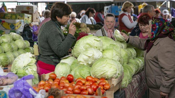 (FOTO) Ziua Internațională a Persoanelor în Etate. Câţi pensionari sunt în Moldova şi care este durata vieții pentru femei şi bărbaţi