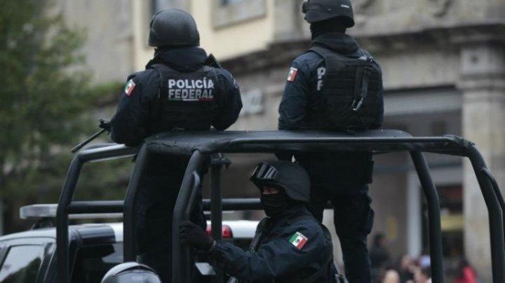 Atac armat în Mexic. Cinci persoane au fost ucise într-o staţie de autobuz