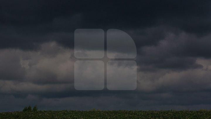 Vine FURTUNA spre Moldova? Cod galben de vijelii, ploi torenţiale şi grindină în apropiere de ţara noastră