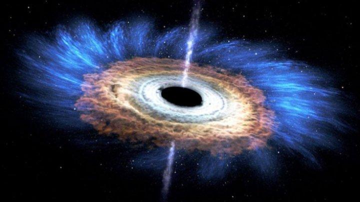INCREDIBIL! Ce s-ar întâmpla cu un om intrat într-o gaură neagră