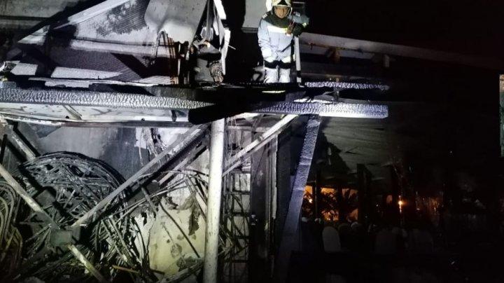 Incendiu la terasa unui hotel din Mamaia. Zeci de turiști au fost evacuați