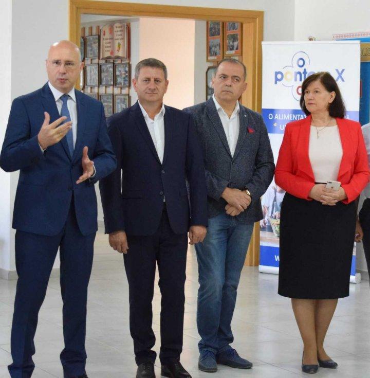 Cantină renovată la liceul M. Eminescu din Strășeni. Pavel Filip: Prin acest proiect am îmbinat două priorități majore: educația și infrastructura