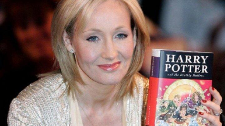 """Autoarea """"Harry Potter"""" a donat 15,3 milioane de lire sterline pentru cercetarea dedicată tratamentului sclerozei multiple"""