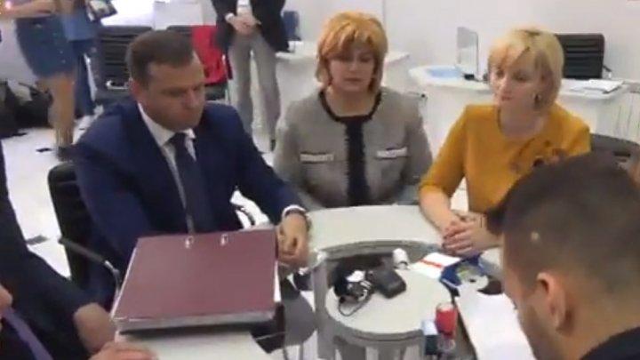 Andrei Năstase, candidatul Blocului ACUM, s-a înregistrat în cursa pentru locale