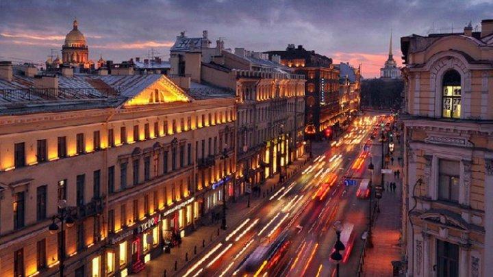 Turiștii și oamenii de afaceri din 53 de țări vor putea vizita Stankt Petersburg doar în baza unei vize electronice simplificate
