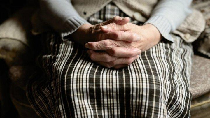 Caz extrem de rar. O femeie în vârstă de 73 de ani din India a născut gemeni