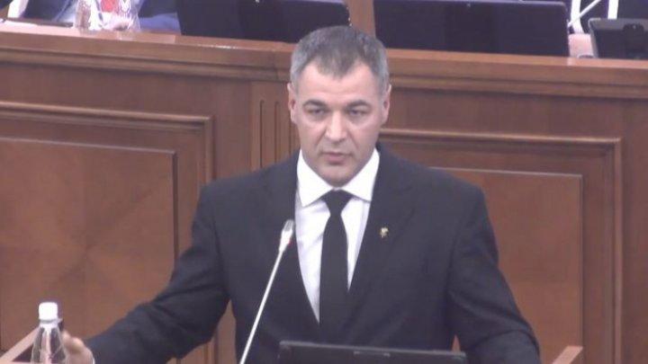 """Octavian Ţîcu a depus actele ca şi candidat din partea PUN: """"Nu dau Chişinăul pe mâna socialiştilor"""""""