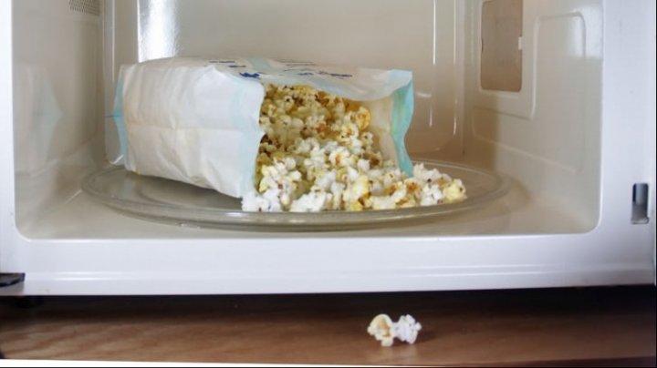 Popcornul, otravă pentru sănătate. Cum îţi distruge ficatul şi pancreasul