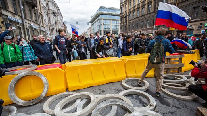 Moscova: Aproape 20.000 de manifestanţi au cerut eliberarea deţinuţilor politici