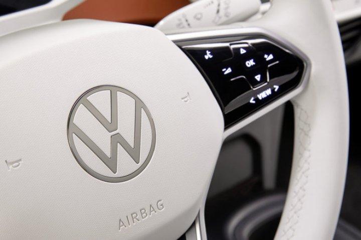 Cum arată cea mai nouă maşină electrică lansată de Volkswagen (FOTO)