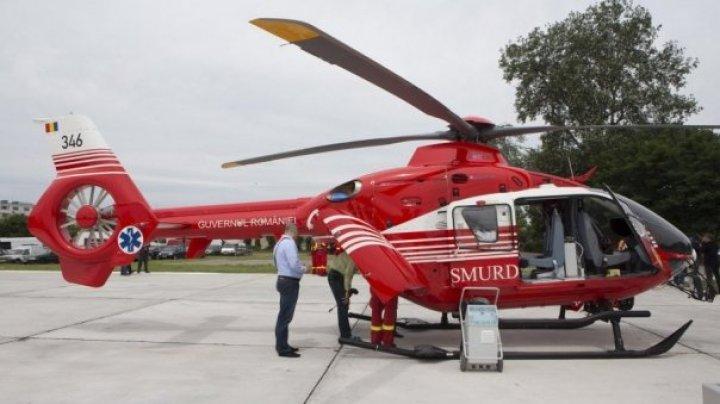 O persoană, transportată de urgență cu un elicopterul SMURD din Moldova în România