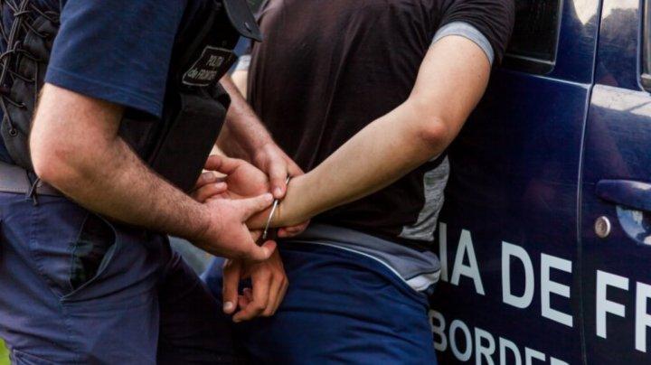 Planul unui moldovean, deconspirat de poliţiştii de frontieră. Ce a pus la cale bărbatul care avea antecedente penale