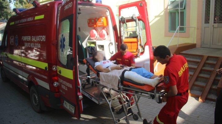 O tânără din ţara noastră, victima unui incident la Suceava, transportată cu SMURD-ul la Chişinău (VIDEO)