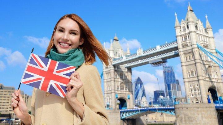 Studenţii străini care au învăţat în Marea Britanie vor putea lucra în această ţară după absolvire