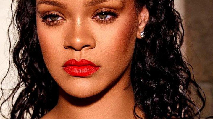 Rihanna va trimite ajutoare victimelor uraganului Dorian din Bahamas