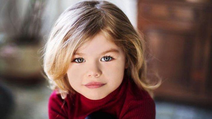 O fetiţă de șase ani, din Rusia a fost numită cea mai frumoasă fată din lume (FOTO)