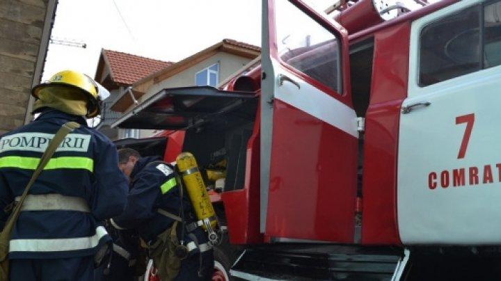 Tot mai multe incendii în Găgăuzia. În ultima săptămână, pompierii au avut 10 chemări